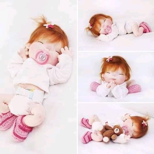 Muñeca de tela bebé durmiendo