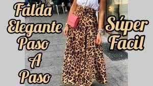 Falda semi circular con pretina y cierre invisible