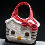 Cesta Hello Kitty con materiales reciclados